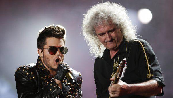Queen hizo emocionar a sus fans - Imágenes-Noticias http://befamouss.forumfree.it/?t=71462234