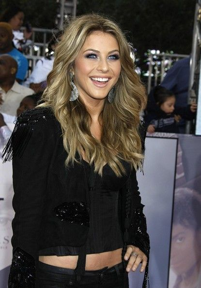 Julianne Hough Long Wavy Cut | cut, color, and style ...