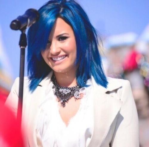 love blue hair