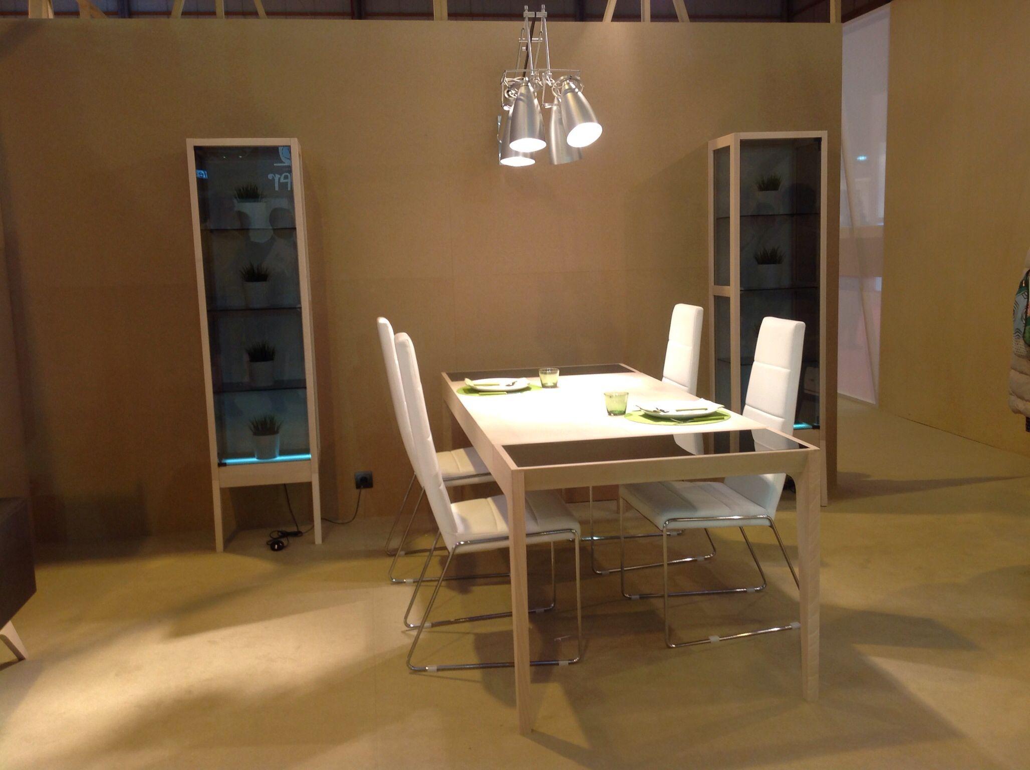 Equilibrio En Acabados Sistemas De Montaje E Iluminaci N  # Muebles Equilibrio