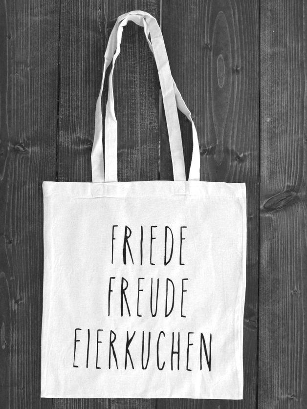 Jutebeutel - Friede Freude Eierkuchen / Jutebeutel - ein Designerstück von slowsundaybags bei DaWanda