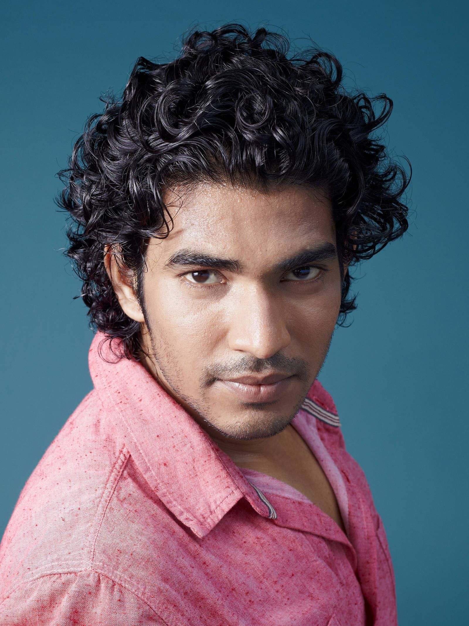 40 Modern Men's Hairstyles for Curly Hair (That Will ...