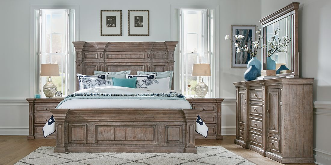 Cindy Crawford Home Pine Manor Pine 5 Pc King Panel Bedroom Rooms To Go In 2020 King Size Bedroom Furniture Sets Bedroom Panel Rooms To Go Bedroom