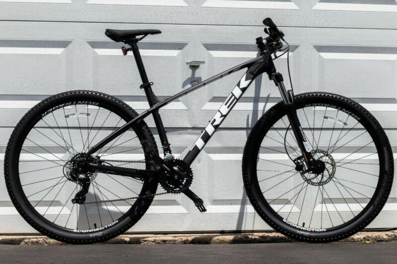 Brand New 2020 Trek Marlin 5 Mountain Bike 29 Wheel Size M In 2020 Mountain Biking Bicycles For Sale Bike