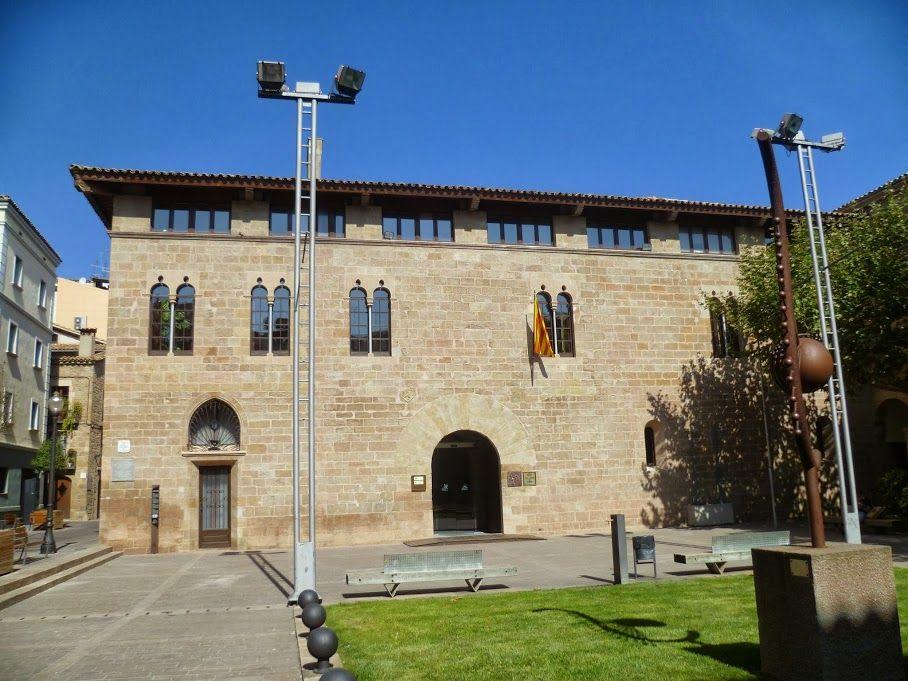 Publicamos el Palau de Llobera en Solsona. #historia #turismo http://www.rutasconhistoria.es/loc/palau-llobera-en-solsona
