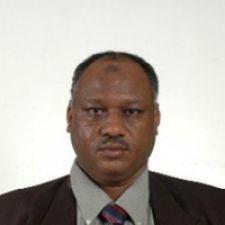 البروفيسور الصادق موسي أحمد من جامعة ملتميديا بماليزيا