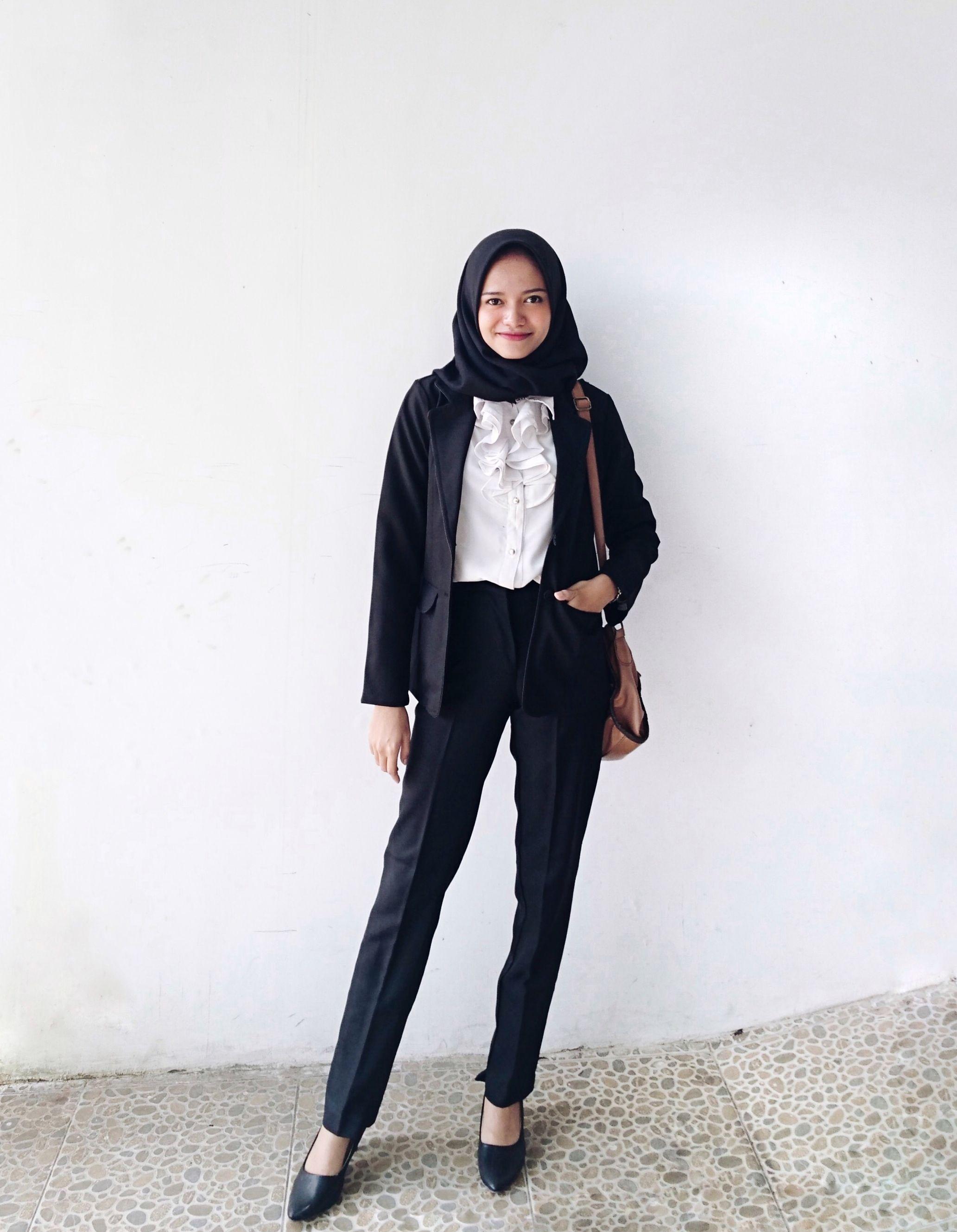 Work outfit hijab black blazer black pants white shirt hijab girl formal look