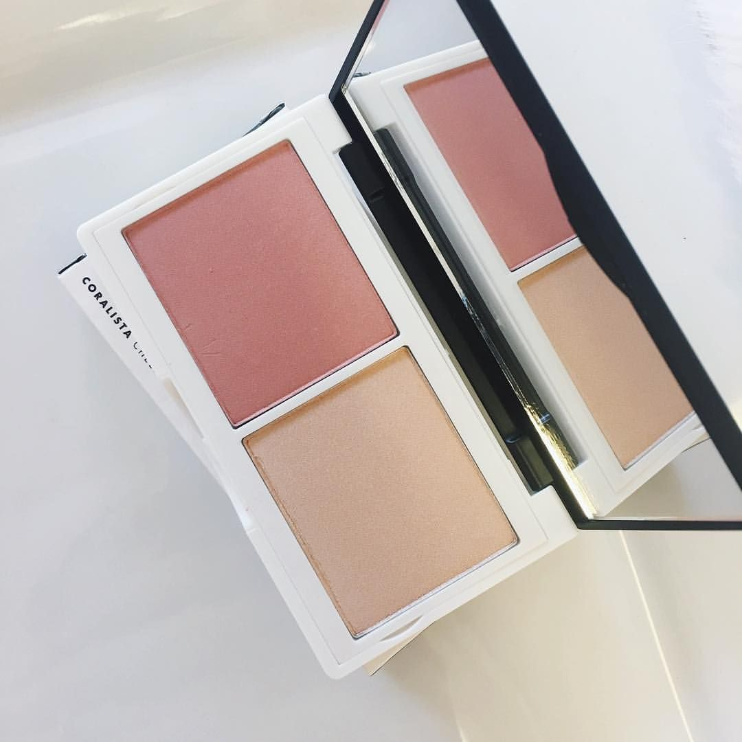 Meet our new Coralista Palette from Lily Lolo! This duo comes with a deep coral matte blush + champagne illuminator. It's so gorgeous on… #lilylolo