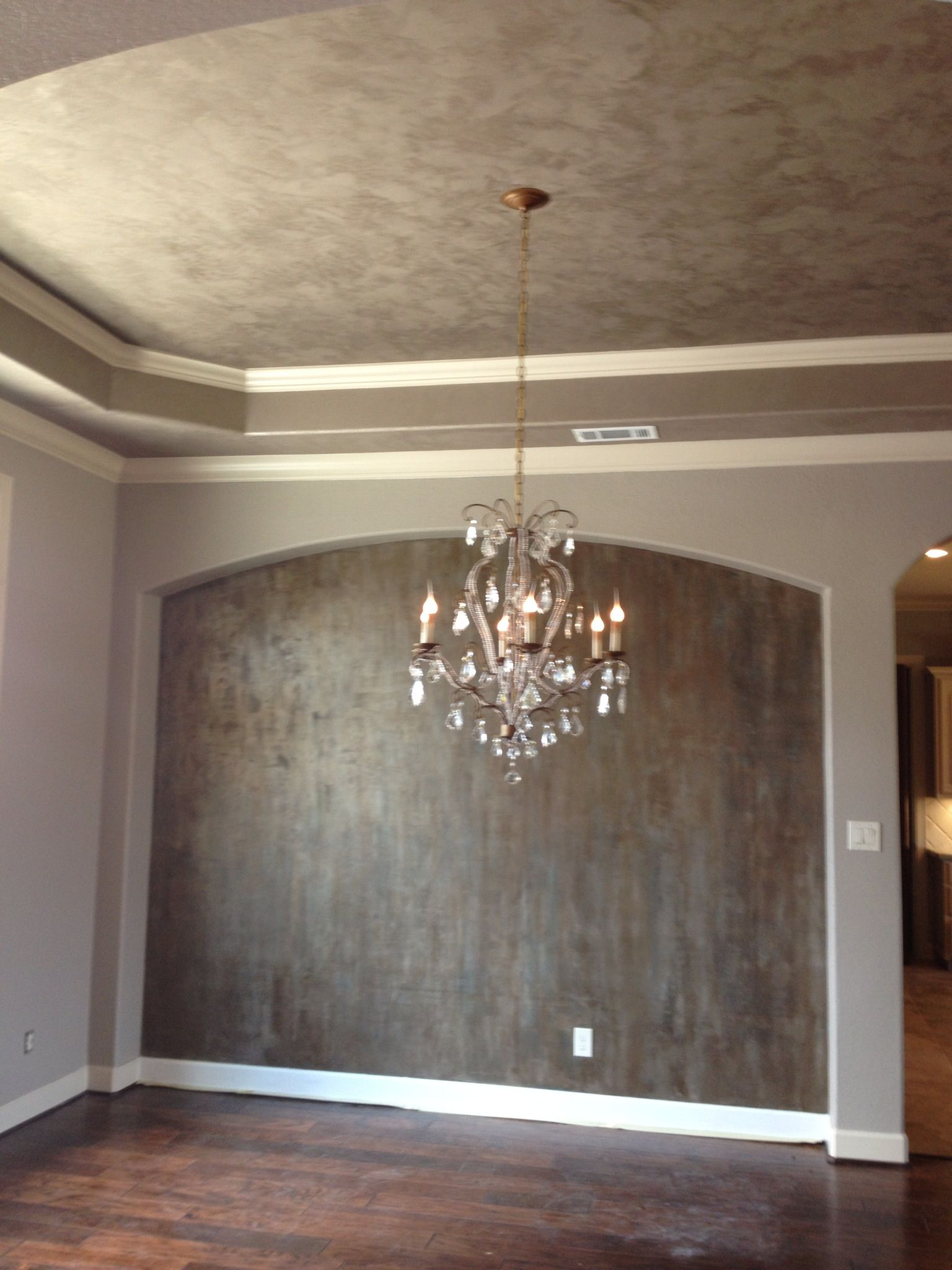 Accent Walls Paint Ideas Modern Masters Metallic Plasters On Ceiling And Accent