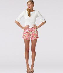 160594d5d09b I love this new Lilly Pulitzer model. Anyone know her name