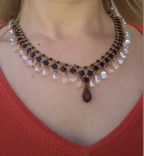 Mother's day gift Refined Queen's Necklace black by Mammybluebeads