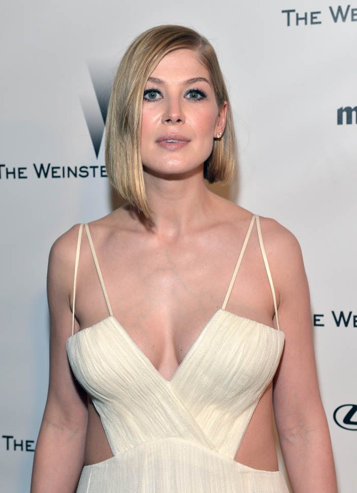 2015 GoldenGlobes. I mean, seriously, Rosamund Pike . . . WTH. My ...