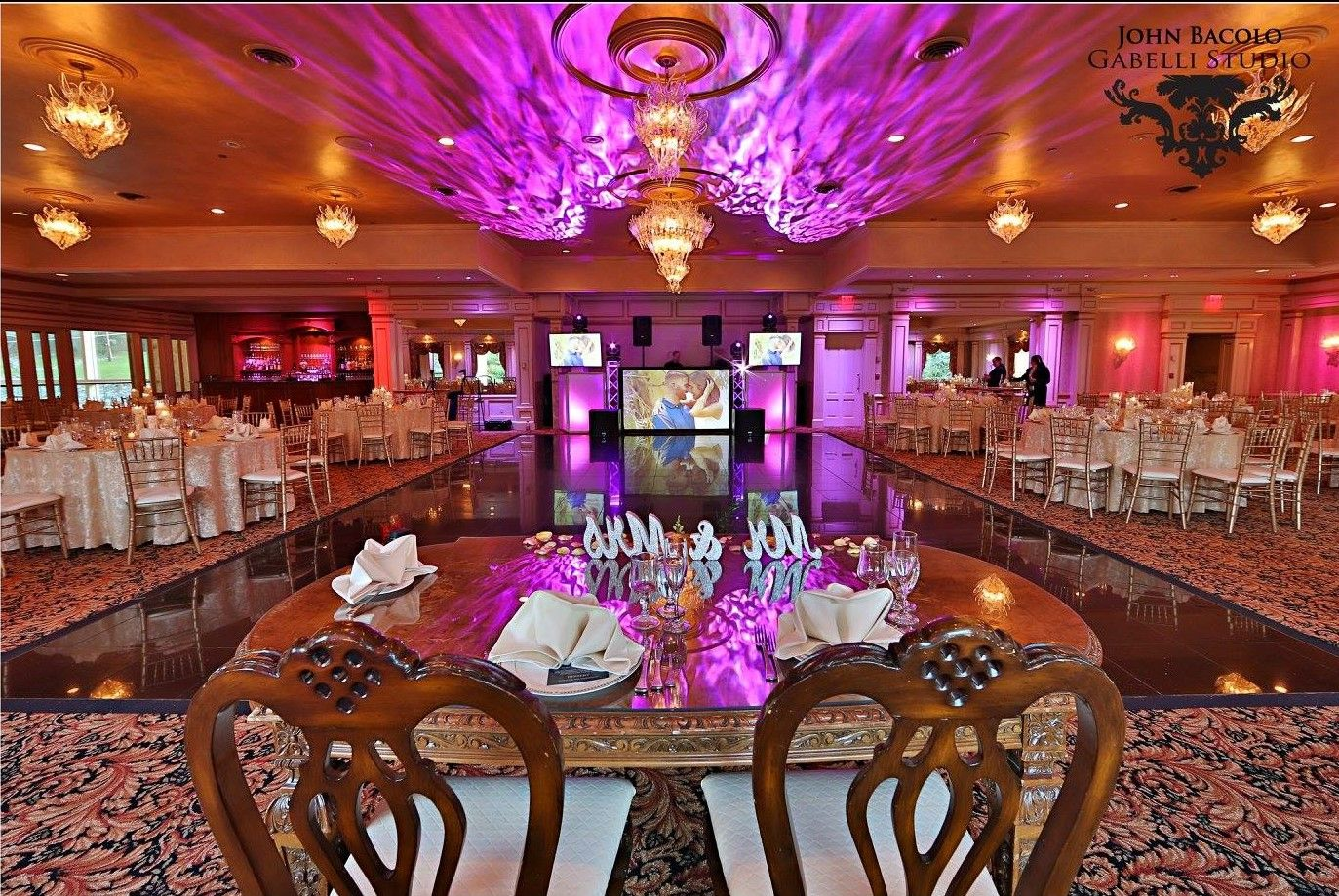 Explore The Most Grand Ballroom In All Of Northern Nj At Iltulipano Com And Start Planning Your Elegant Wedding