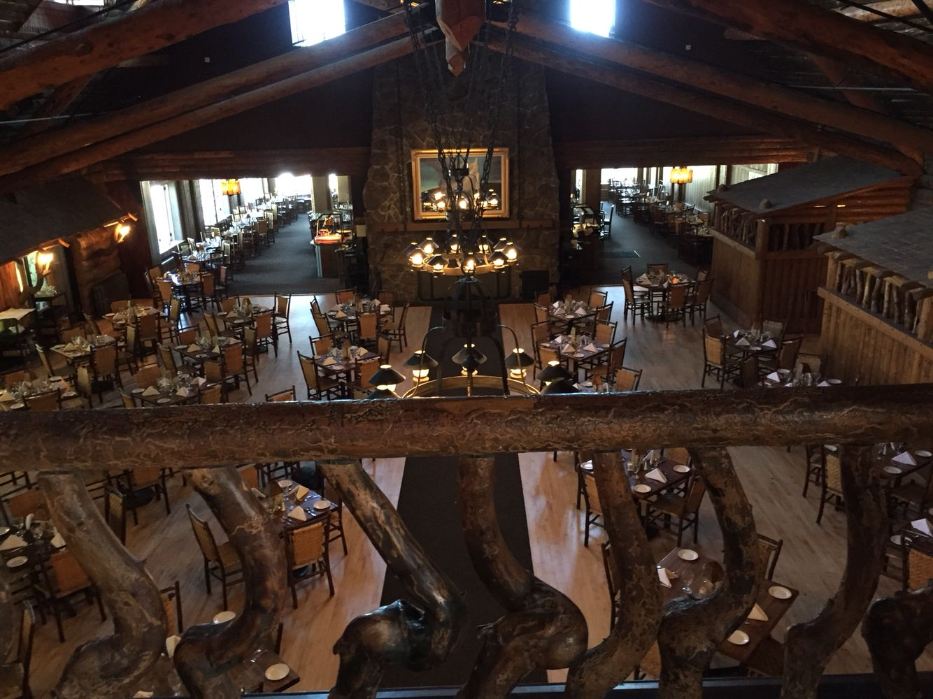 Old Faithful Lodge Dinning Room