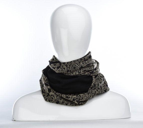 Foulard infini or baroque et noir / longue écharpe par Annie 50
