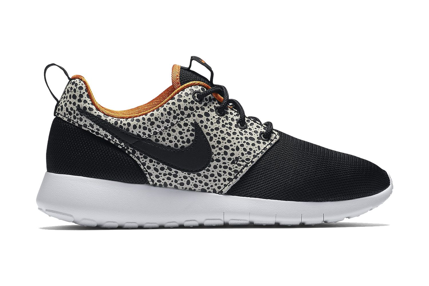 f374adfa701fd The Nike Roshe One Meets the Air Safari