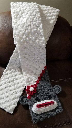 C2C Funky Monkey Scarf pattern by Susan Wilkes-Baker #grinchscarfcrochetpatternfree