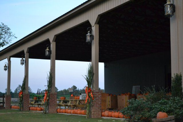Lazenby Farm Auburn Al Weddings Looks Like A Great Reception Wedding Venue
