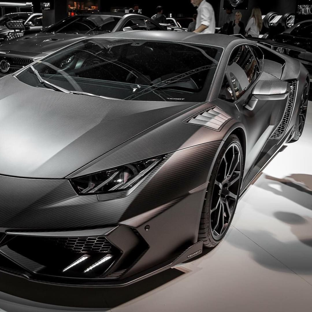 Carbon Huracan! By @mansorycanada #carlifestyle
