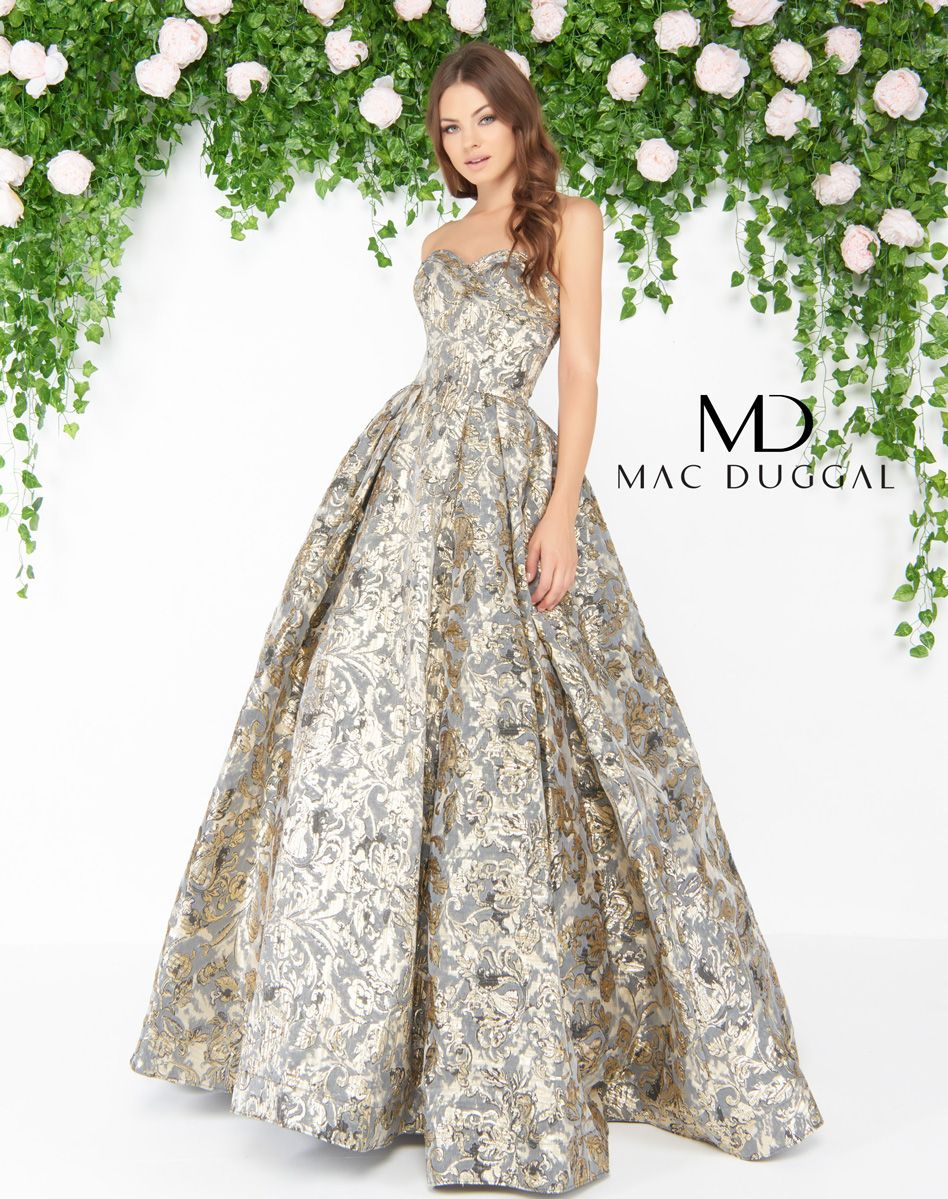 67bbc263646b Metallic floral print ball gown, with strapless sweetheart neckline, and  pleated skirt.