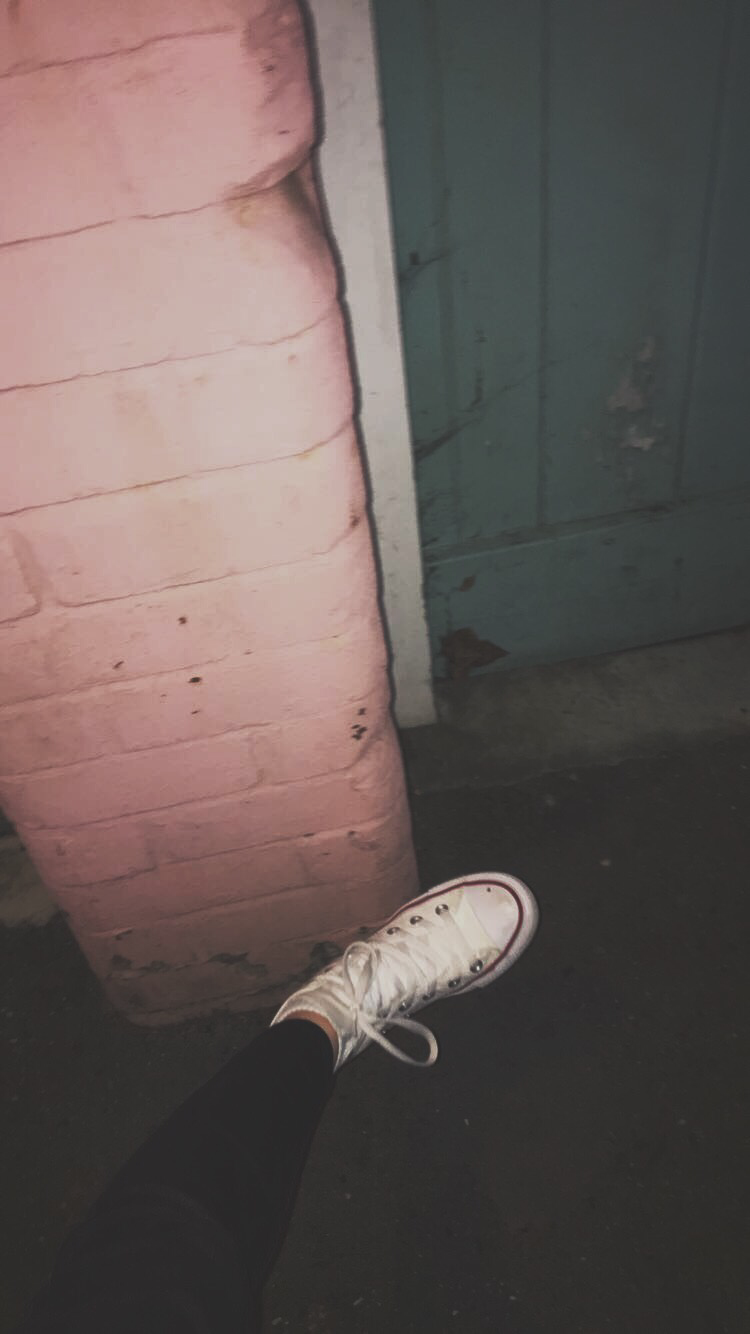 a8ba3f71efc6 dirty converse and dull nights.
