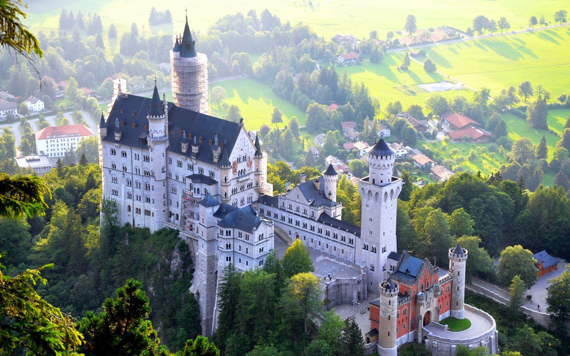 Neuschwanstein Castle Bavaria Germany Youtube Germany Castles Neuschwanstein Castle Castle