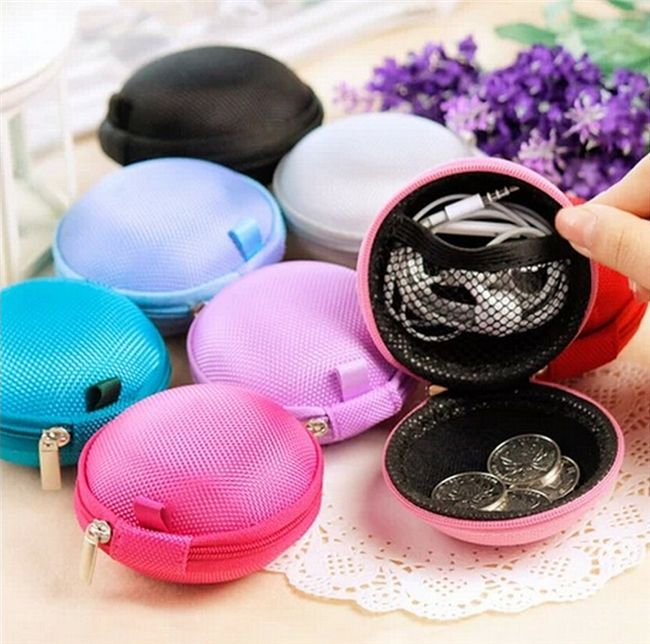 $2.89 (Buy here: http://appdeal.ru/5e94 ) N630 2016 2pcs HOT New Portable Mini Round Earphone Headphone coin purse Card Storage Bag high quality brand new for a gift for just $2.89