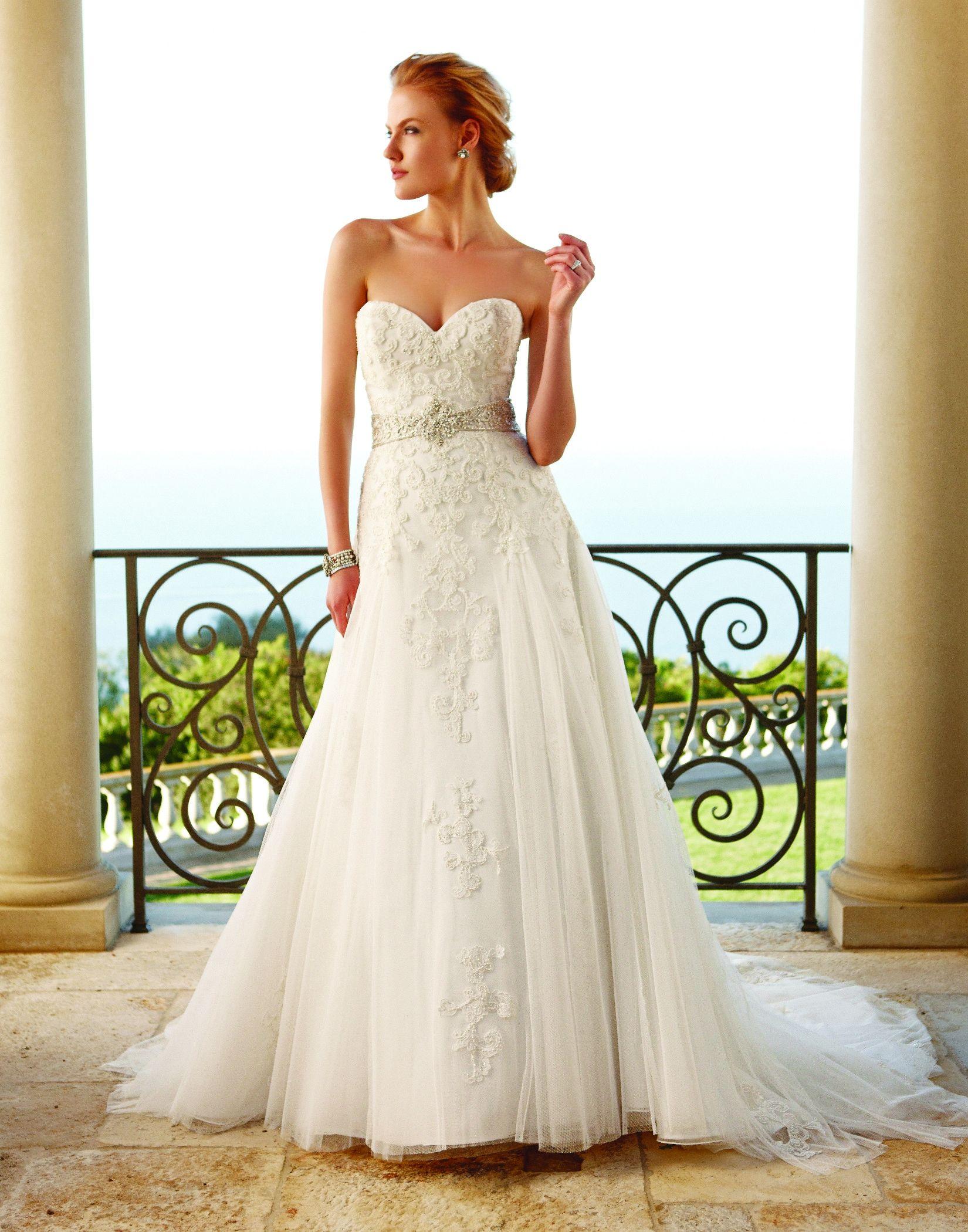 Wedding Dress out of Casablanca Bridal 2053 in 2020