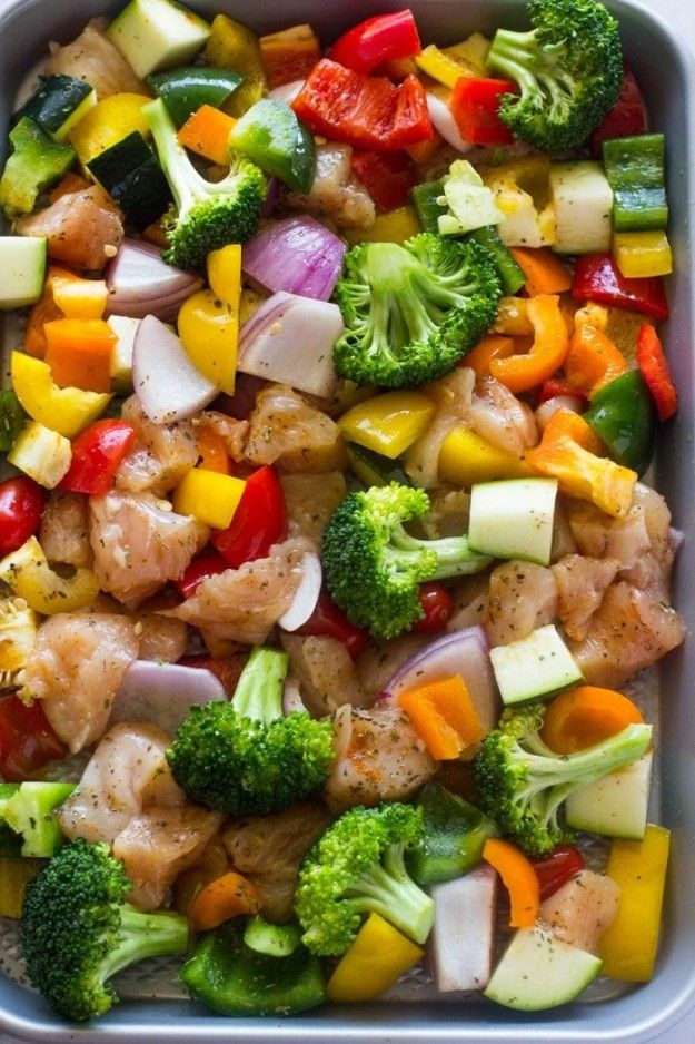 Pollo y verduras asadas en una bandeja para hornear recetas cool pinterest comida cenas - Ideas cenas saludables ...
