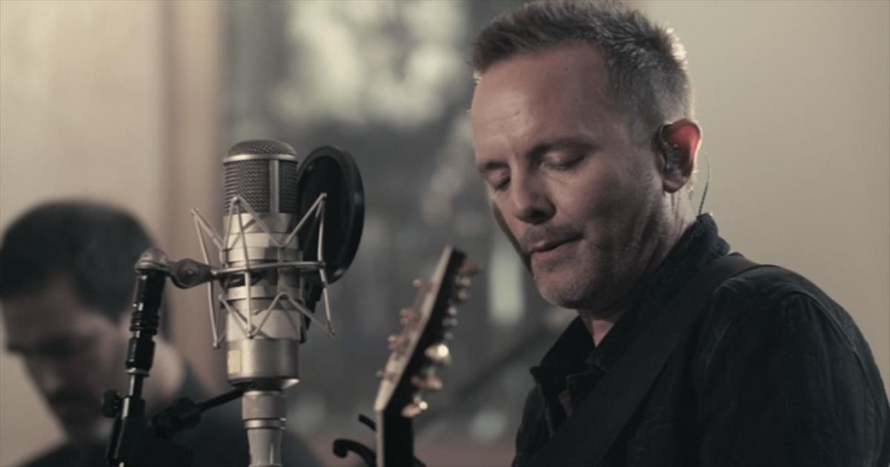 Chris tomlin adore christian music videos new
