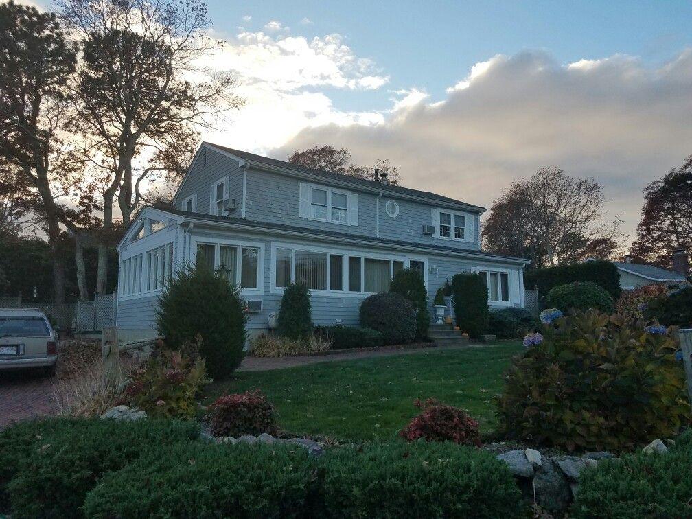 Limited Lifetime Warranty Asphalt Roof Shingles By Mastercraft Roofing Siding Windows Com Asphalt Roof Shingles Mashpee Commons Roof Shingles