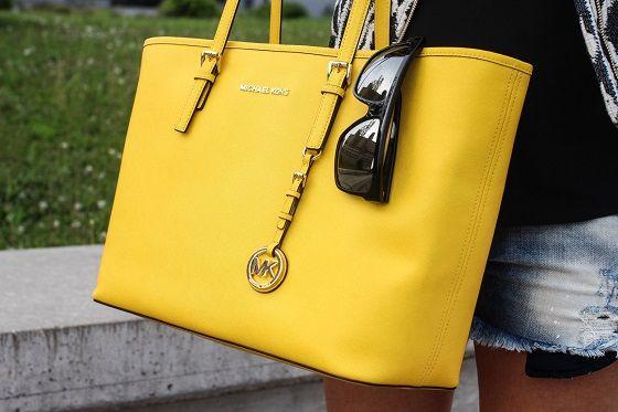 *Yellow love*