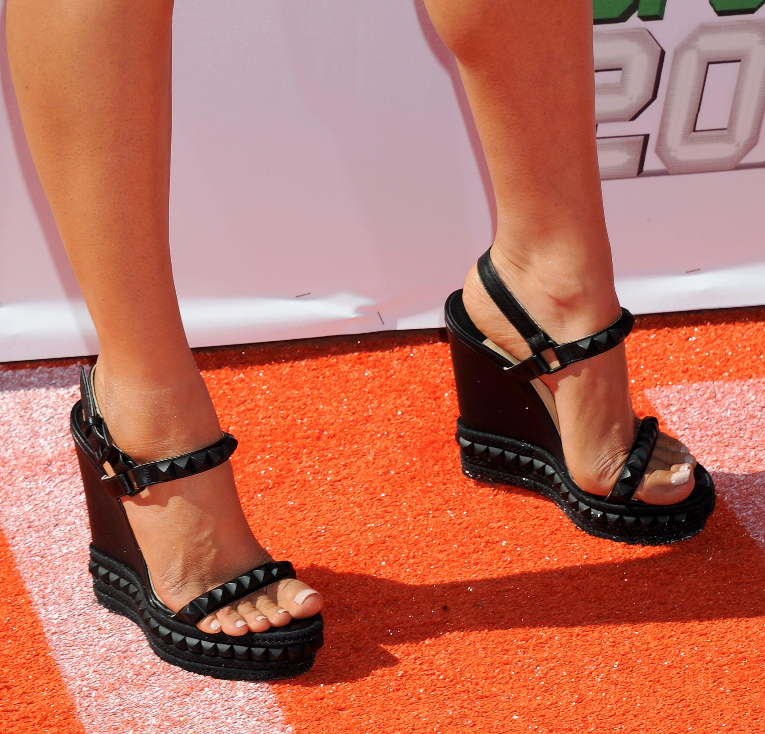 Lou boutin heels, Megan fox feet, Beautiful high heels