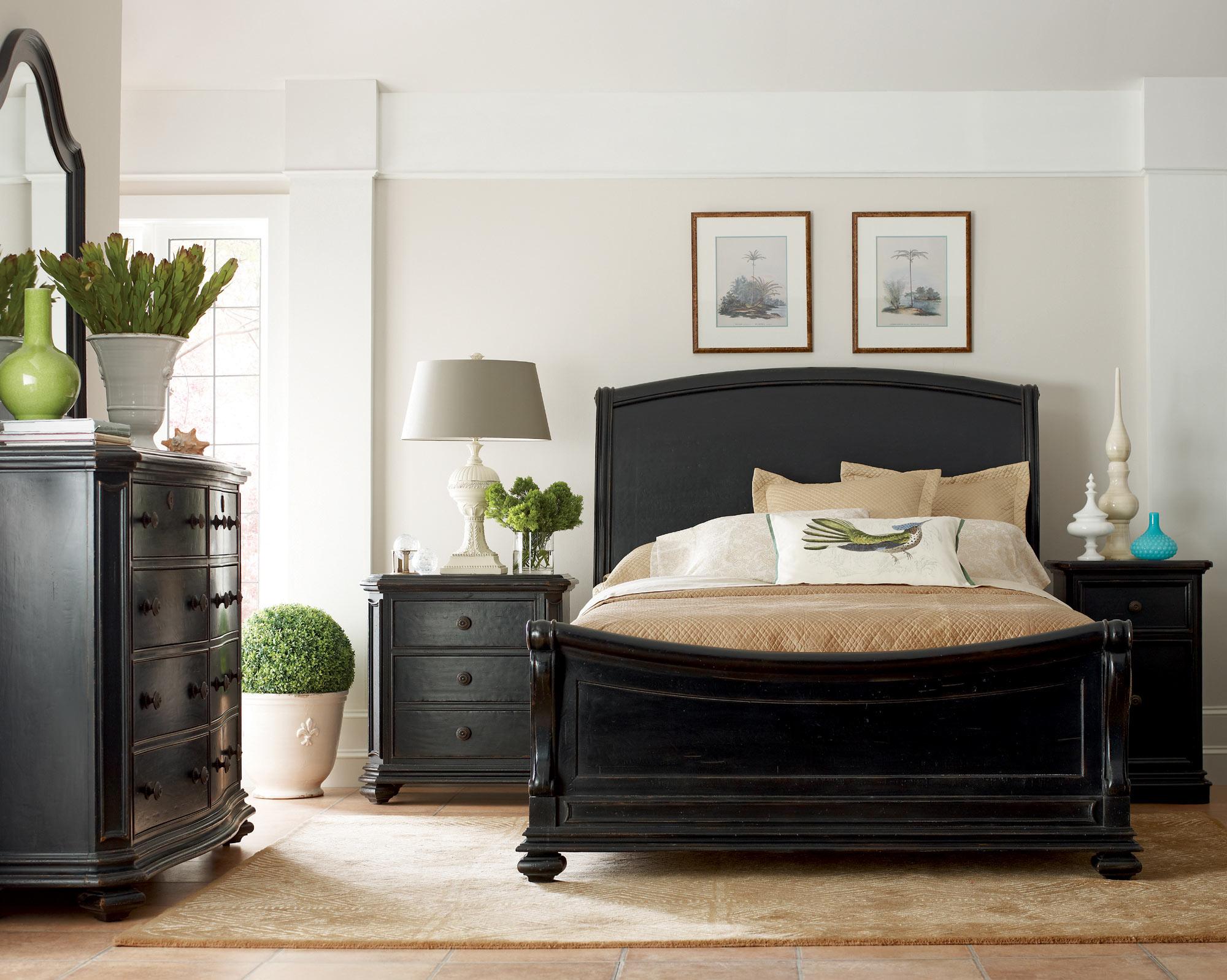 Continental California King Sleigh Bed Furniture