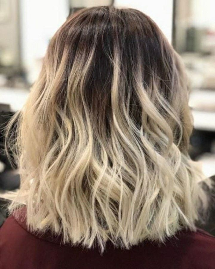22 Balayage Blended Hairstyles With Black Roots In 2018 Stylescue Blonde With Dark Roots Blonde Hair With Roots Short Hair Balayage