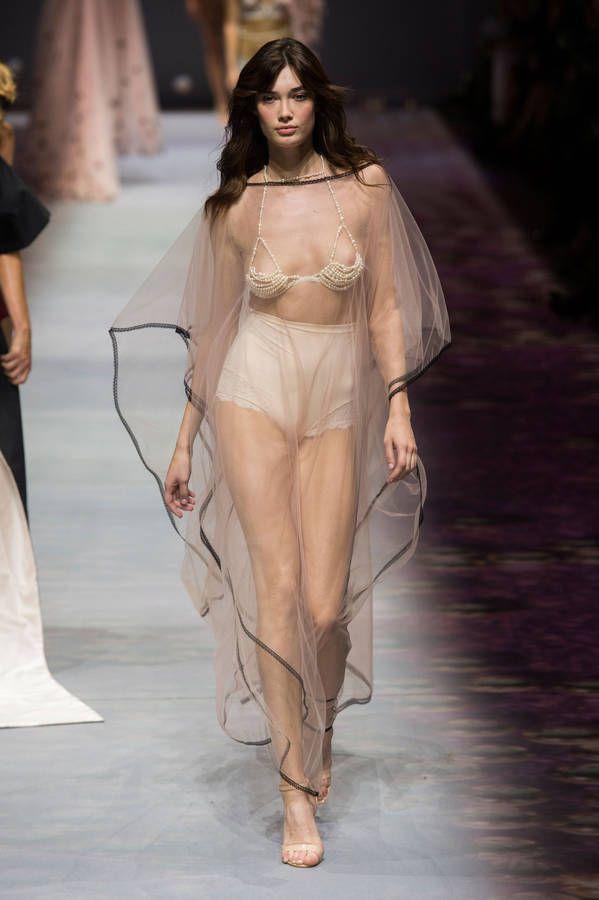 D fil etam pr t porter sp cial paris lingerie lingerie etam defile mode et defile - Etam pret a porter paris ...