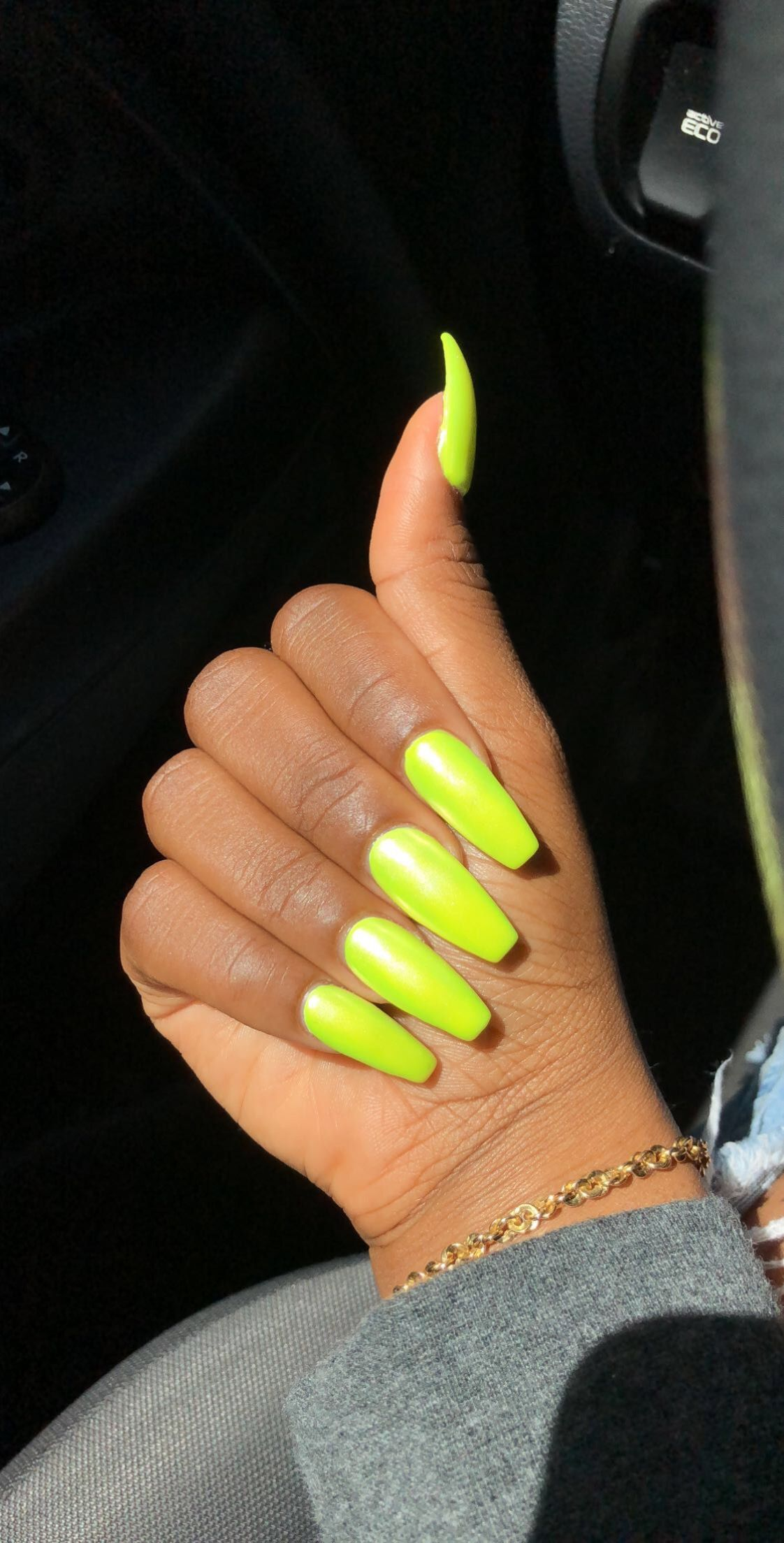 Slime Green Nails Design