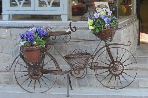 Charming A Chic Bicycle Planter.