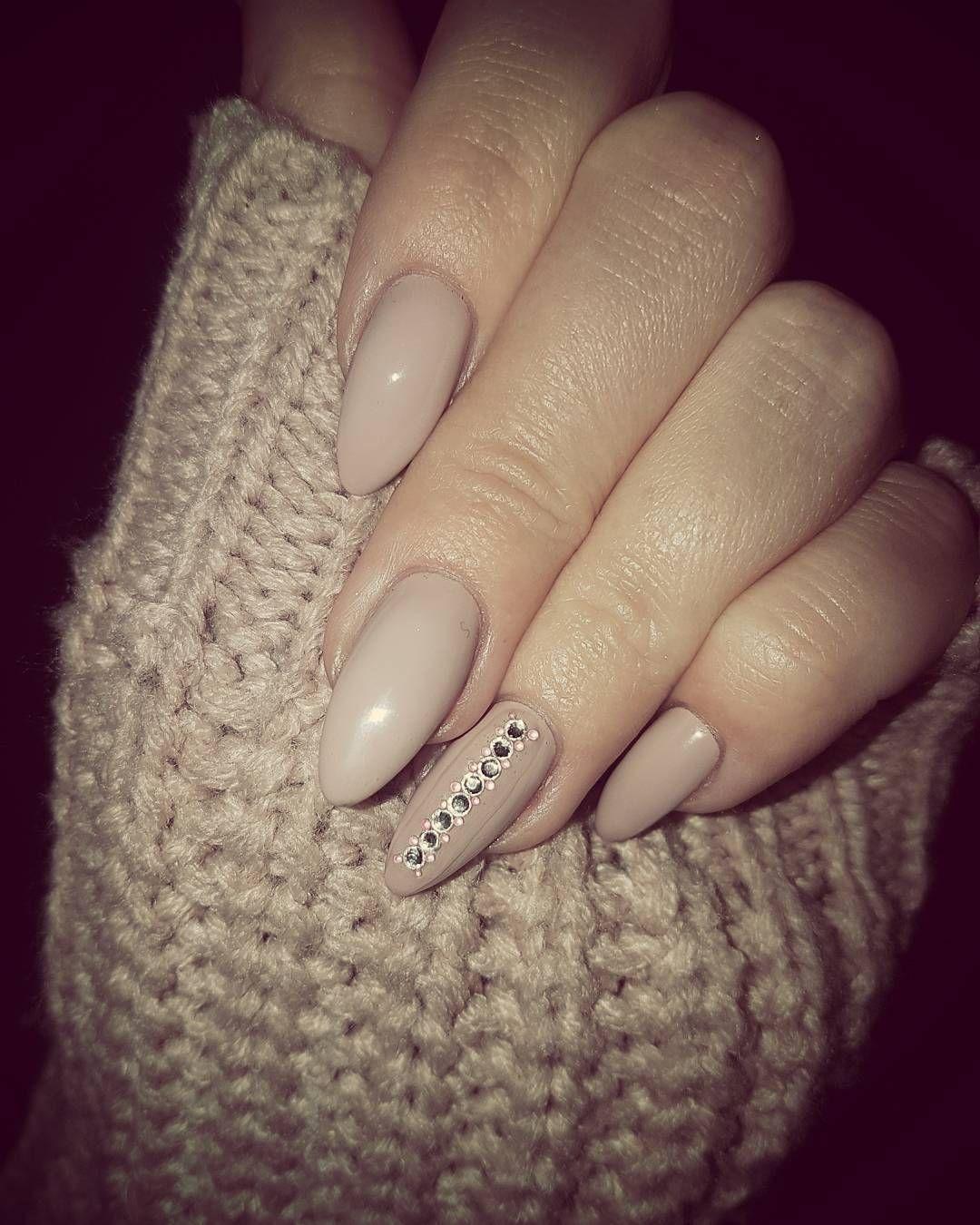 Altrosa Nails Mit Steinchen Nagellack Farben Nagelideen Manikure Ideen