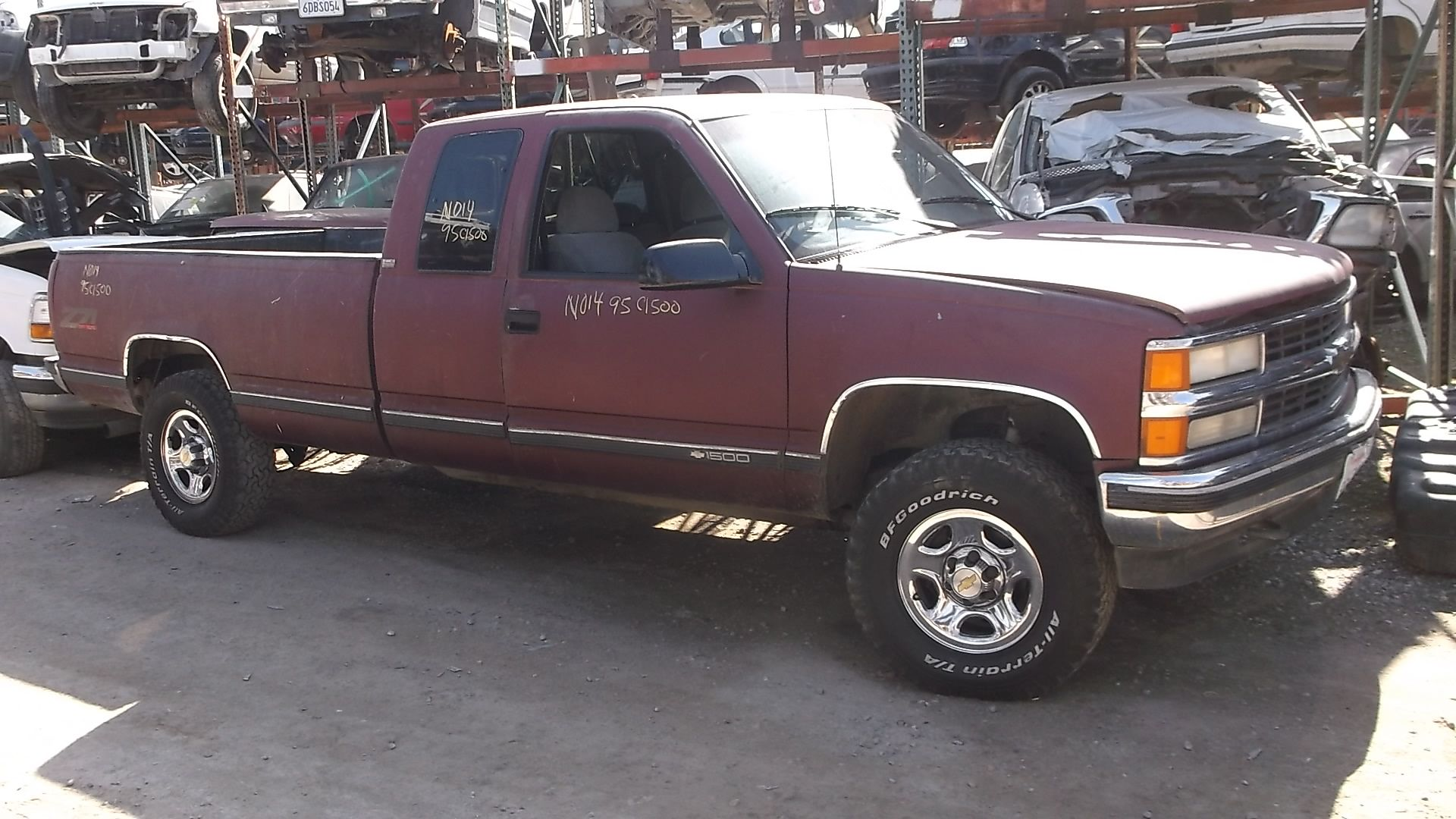 1995 Chevy C/K 1500 Extended Cab 8ft Bed 4WD 5.7L with