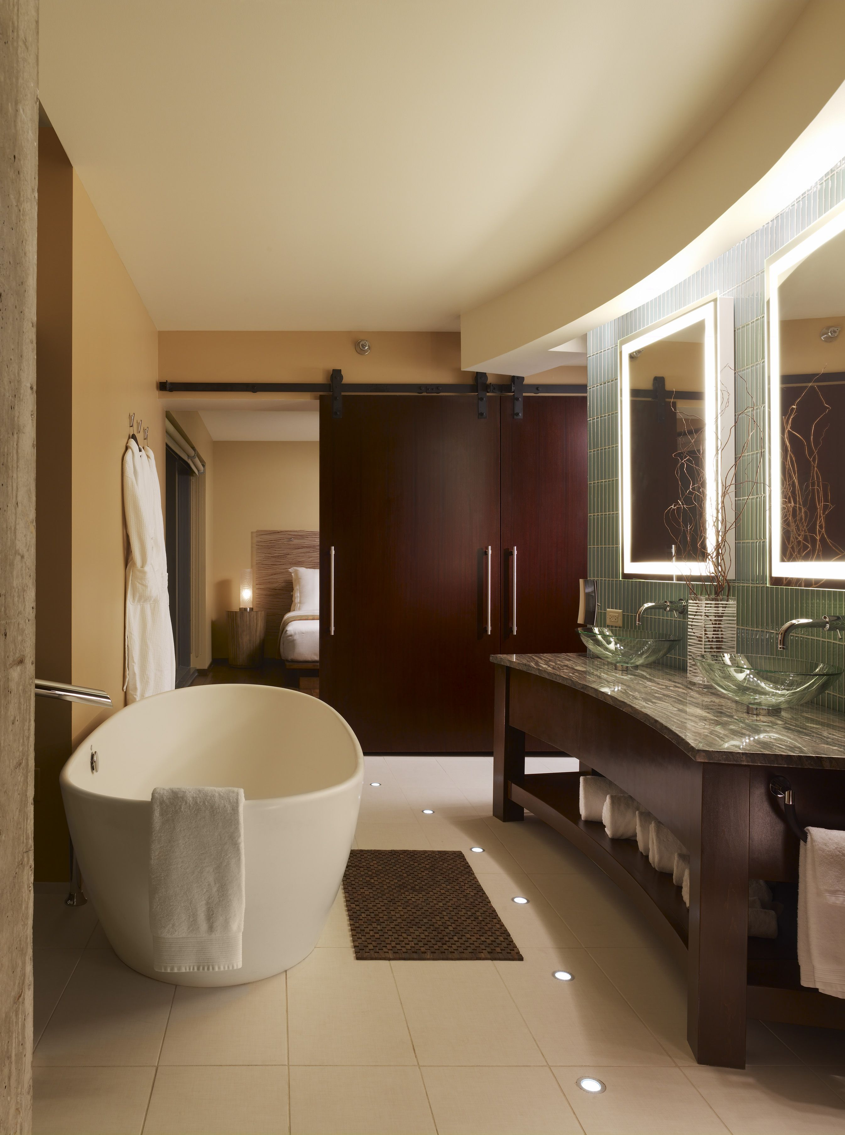 powder room, oversized soaking tub, duel glass vanity\'s, spa ...