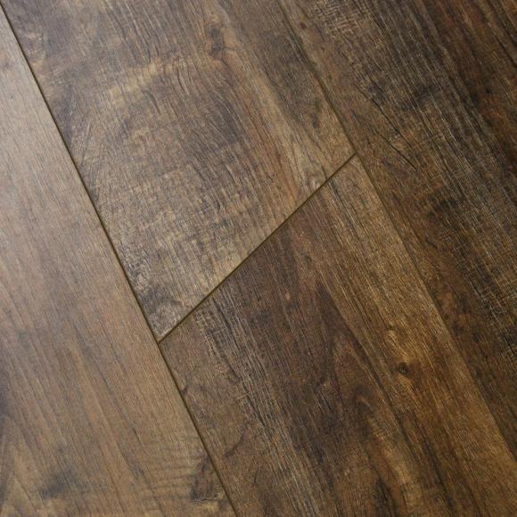 Berryalloc 8mm London Oak V Groove Laminate Flooring