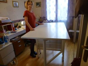 table de coupe pliante partir de la table norden de chez ikea accessoires machine coudre. Black Bedroom Furniture Sets. Home Design Ideas