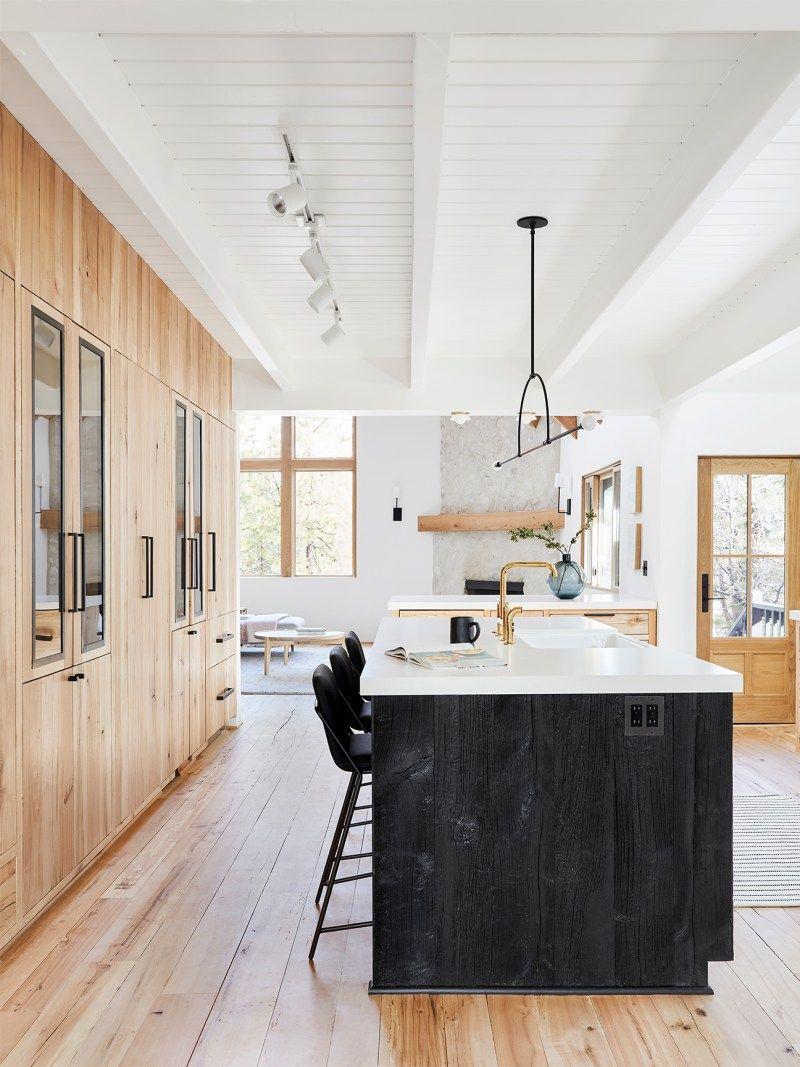 7 Next Level Takes On The Two Tone Kitchen Cabinet Trend Kitchen Cabinet Trends Home Kitchens Scandinavian Kitchen