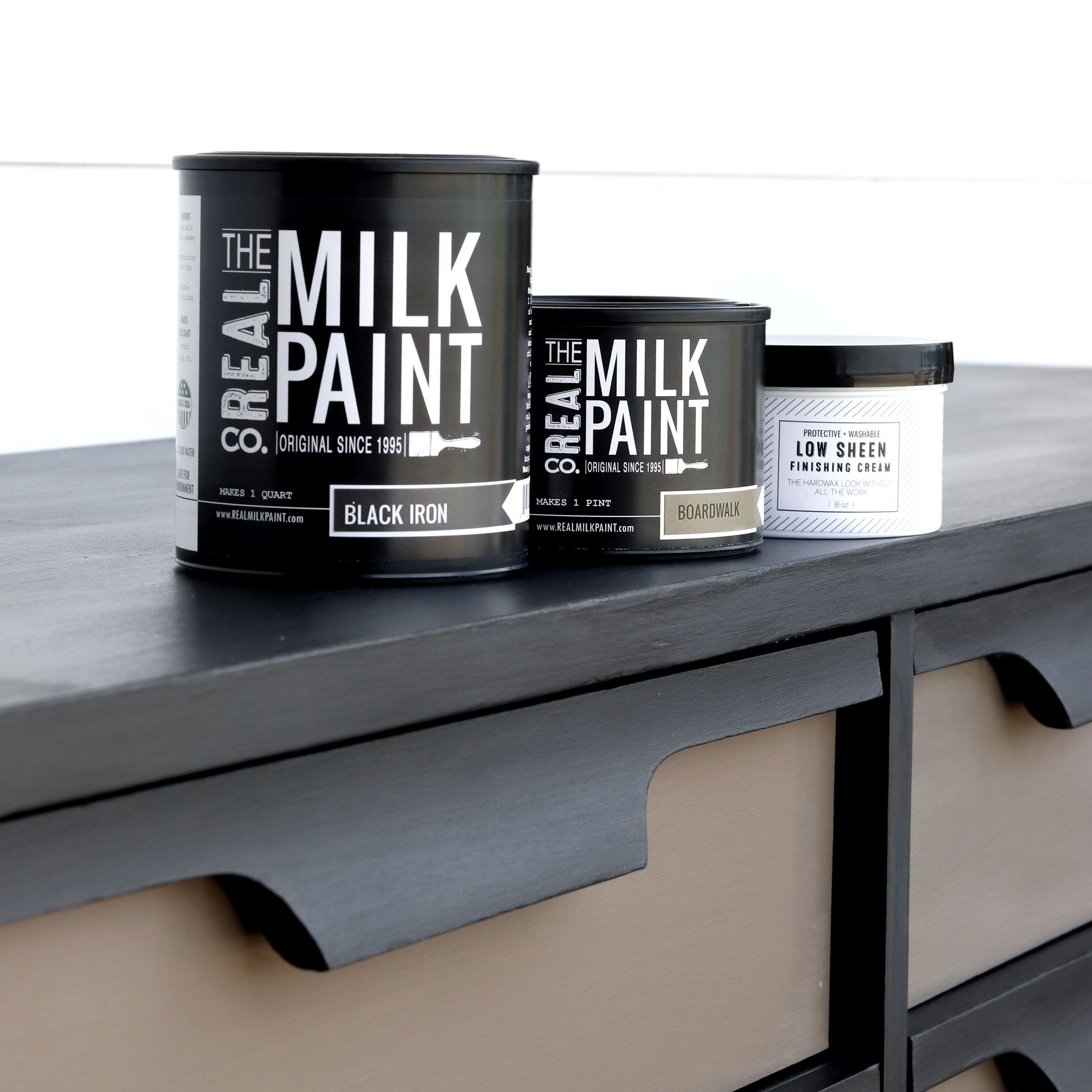 Delicieux Real Milk Paint Is A Powdered, Child Safe Paint That Will Give You A Matte,  Velvet, Chalky Finish And Sticks To A Majority Of Surfaces Without Any  Priming ...