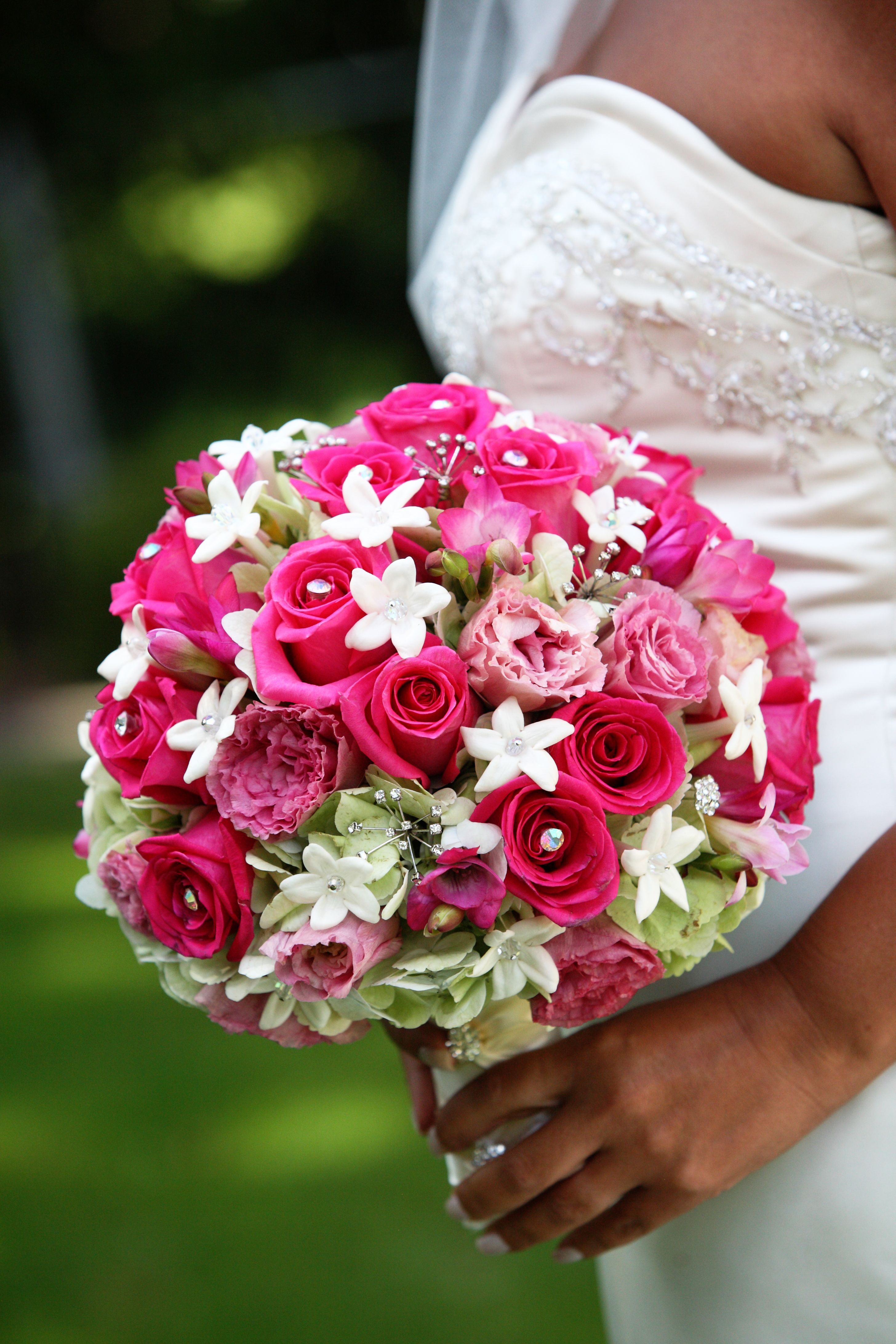 11+ Red rose bridal bouquet with crystals ideas