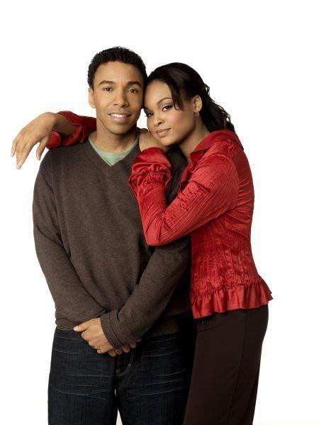 Allen Payne with Girlfriend