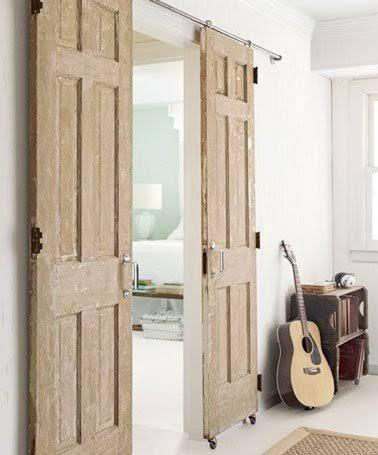 Déco Récup Façons De Créer Une Cloison Coulissante Menorca And - Faire une porte coulissante avec une ancienne porte