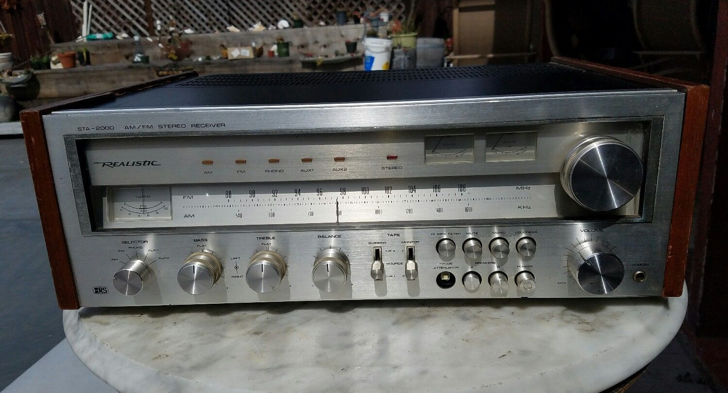 Vintage Realistic STA-2000 AM/FM Stereo Receiver in 2019