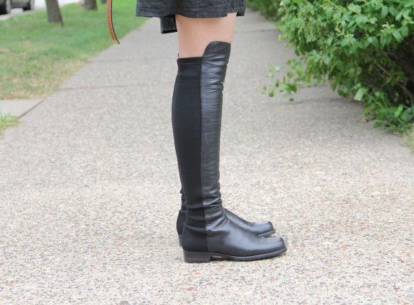"""Shoe} Review: Stuart Weitzman """"50 50″ Leather Over the Knee"""
